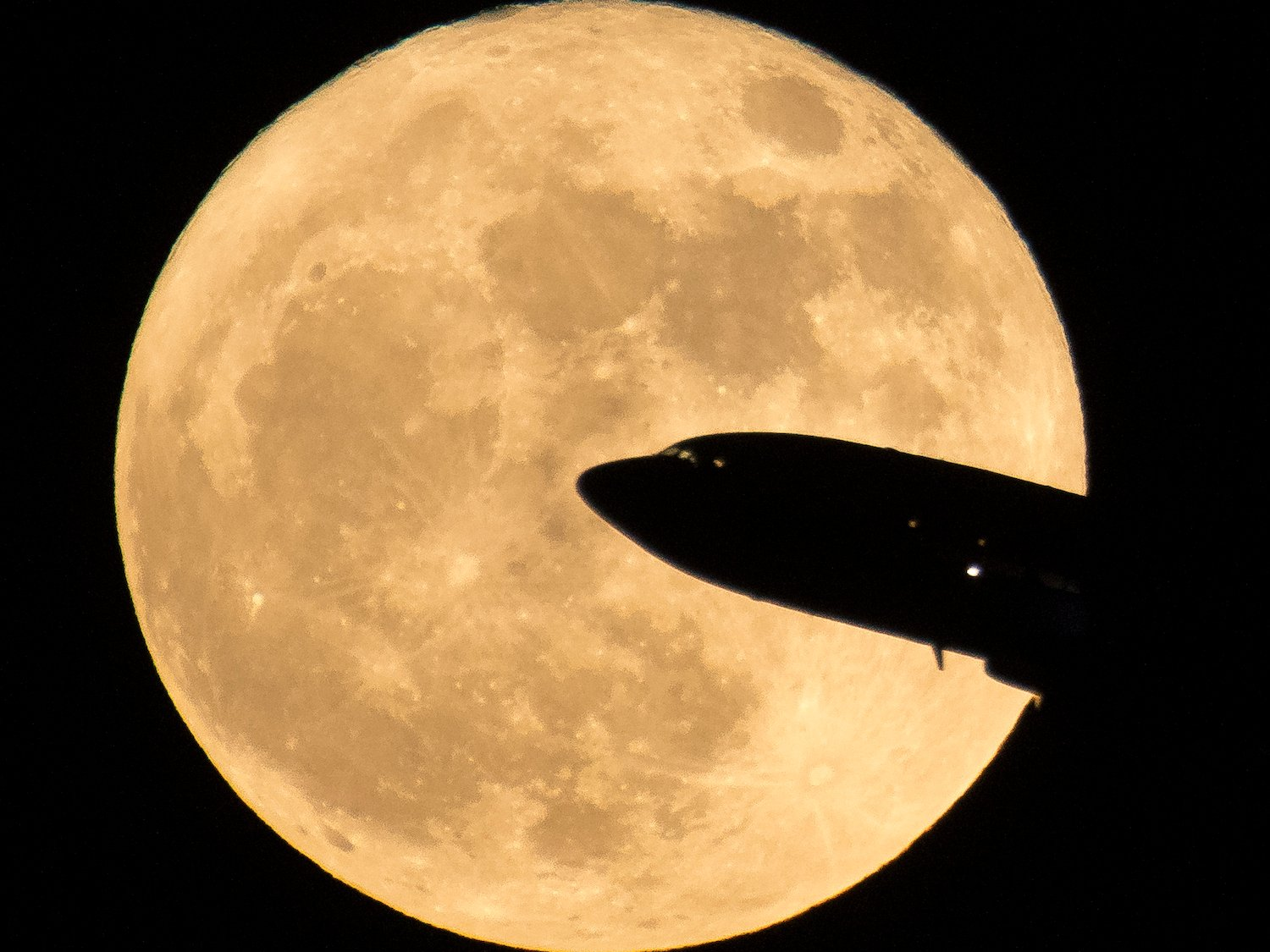 The first supermoon of 2018 will appear on New Year's Day – and it's more special than usual